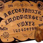 Auttajat - Spiritismi - Ouija -lauta